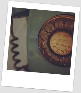 rotary-telephone-699031_1280