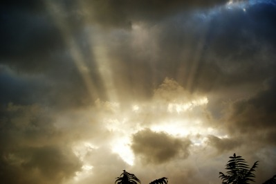 sky-432509_1280